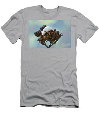 Winter Agave Bloom Men's T-Shirt (Athletic Fit)