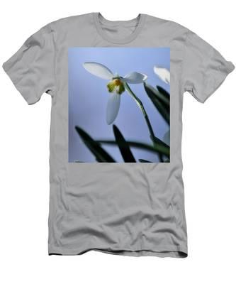 Giant Snowdrop Men's T-Shirt (Athletic Fit)