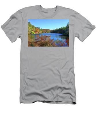 A North Carolina Autumn Men's T-Shirt (Athletic Fit)