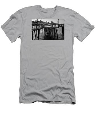 Black And White On The Pier Men's T-Shirt (Athletic Fit)