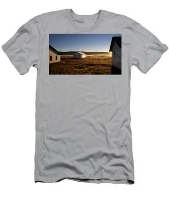 Men's T-Shirt (Athletic Fit) featuring the photograph Breakfast In The Air by Carl Young