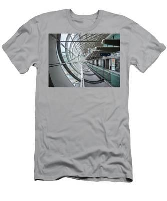 Charles De Gaulle Men's T-Shirt (Athletic Fit)