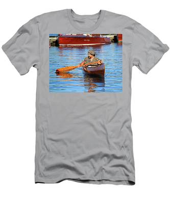 Classic Canoe Men's T-Shirt (Athletic Fit)