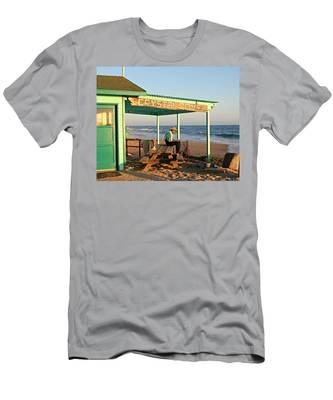 Crystal Cove Men's T-Shirt (Athletic Fit)