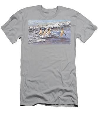Emperor Penguins Men's T-Shirt (Athletic Fit)