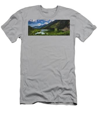Maroon Lake Panorama Men's T-Shirt (Athletic Fit)