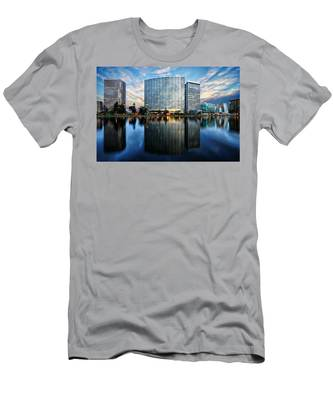 Oakland, California Cityscape Men's T-Shirt (Athletic Fit)
