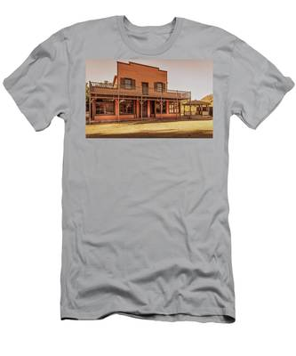 Paramount Ranch Saloon Men's T-Shirt (Athletic Fit)