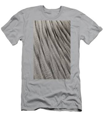 Sand Waves Men's T-Shirt (Athletic Fit)