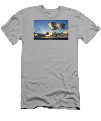 Sun Rays And The Cloud Men's T-Shirt (Athletic Fit)