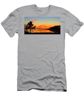 Sunset Serenity Men's T-Shirt (Athletic Fit)