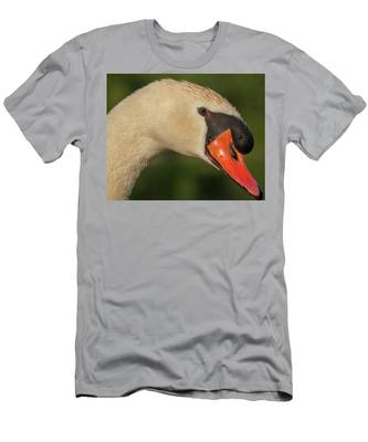 Swan Headshot Men's T-Shirt (Athletic Fit)