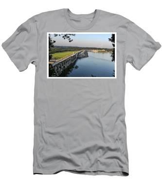 Wolf Creek Dam Men's T-Shirt (Athletic Fit)