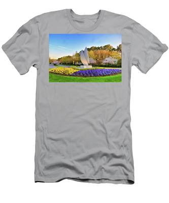 Men's T-Shirt (Athletic Fit) featuring the photograph Springtime At Christopher Newport University by Ola Allen