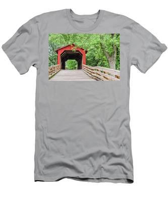 Sugar Creek Covered Bridge Men's T-Shirt (Athletic Fit)