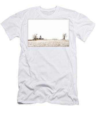 Ethereal Wintry Scene Men's T-Shirt (Athletic Fit)