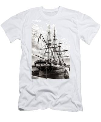 Uss Constellation Men's T-Shirt (Athletic Fit)