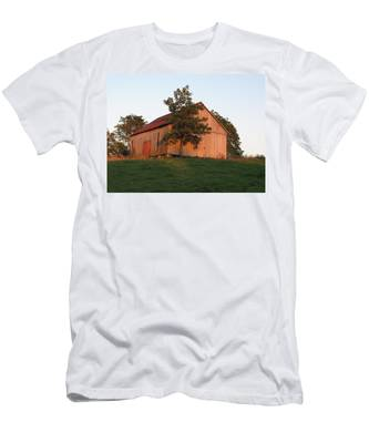 Tobacco Barn II In Color Men's T-Shirt (Athletic Fit)