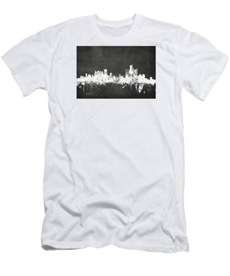 Detroit Michigan Skyline Men's T-Shirt (Athletic Fit)