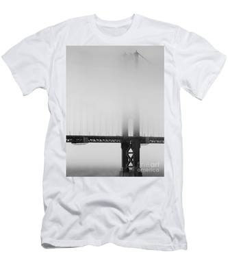Fog At The Golden Gate Bridge 4 - Black And White Men's T-Shirt (Athletic Fit)
