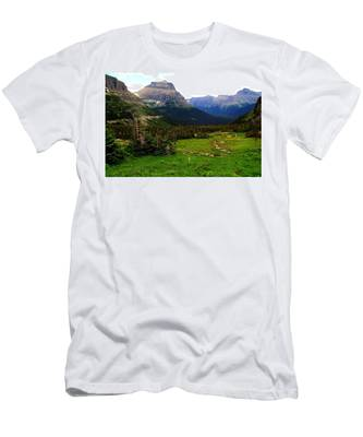 Going To The Sun Road Men's T-Shirt (Athletic Fit)