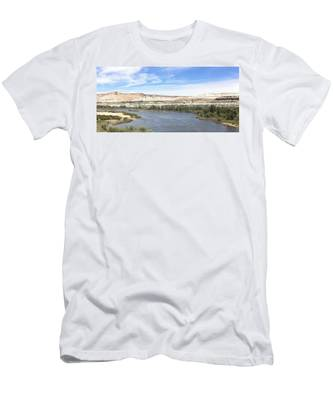 Men's T-Shirt (Athletic Fit) featuring the photograph Green River Wyoming - 2  by Christy Pooschke