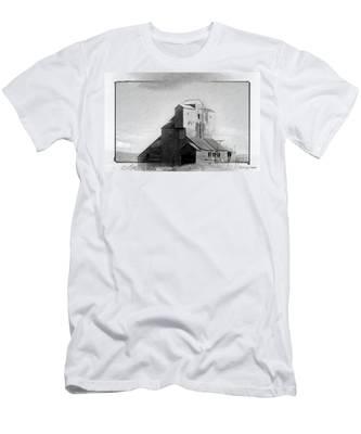 Old Grain Elevator Men's T-Shirt (Athletic Fit)