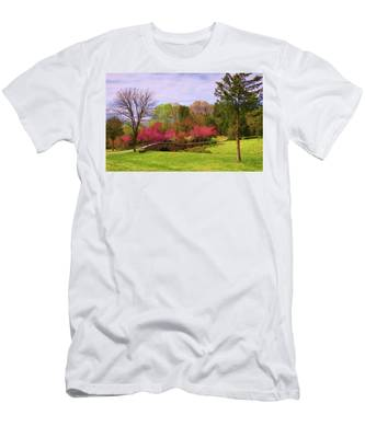 Men's T-Shirt (Athletic Fit) featuring the photograph Entrance To Rassawek Vineyard In Columbia Virginia by Ola Allen