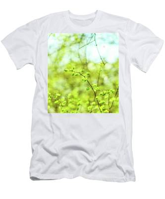Men's T-Shirt (Athletic Fit) featuring the photograph Green V by Anne Leven