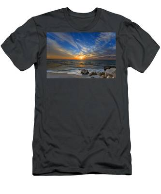 A Majestic Sunset At The Port Men's T-Shirt (Athletic Fit)