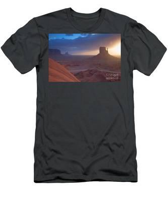 An Open Invitation Men's T-Shirt (Athletic Fit)