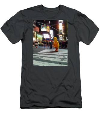 Big Bird On Times Square Men's T-Shirt (Athletic Fit)