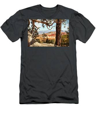 Bryce Canyon Through The Trees Men's T-Shirt (Athletic Fit)