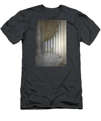 Circular Colonnade Of The Thomas Jefferson Memorial Men's T-Shirt (Athletic Fit)