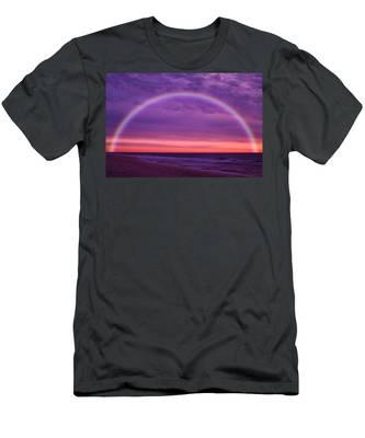 Dream Along The Ocean Men's T-Shirt (Athletic Fit)