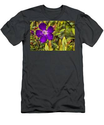 Flowers Love Water Men's T-Shirt (Athletic Fit)