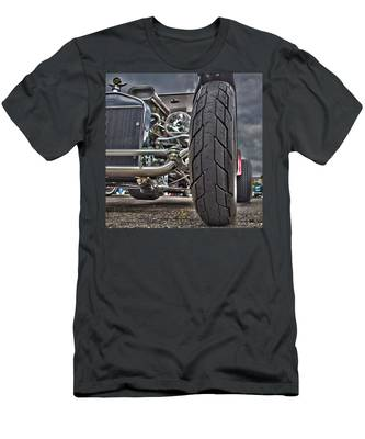 Ford In Hdr Men's T-Shirt (Athletic Fit)