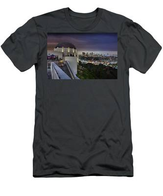 Gotham Griffith Observatory Men's T-Shirt (Athletic Fit)