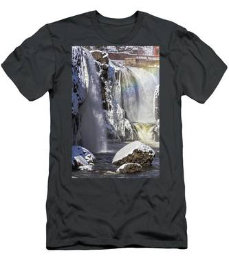 Great Falls And A Rainbow Men's T-Shirt (Athletic Fit)