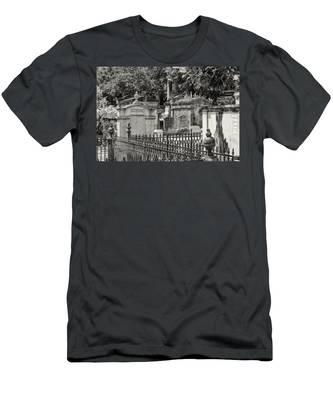 Lafayette Cemetery No. 1 Men's T-Shirt (Athletic Fit)