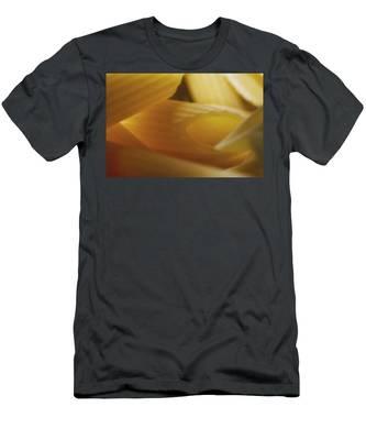 Pasta Macro Men's T-Shirt (Athletic Fit)
