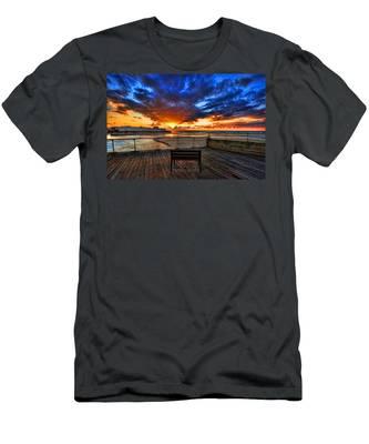 sunset at the port of Tel Aviv Men's T-Shirt (Athletic Fit)