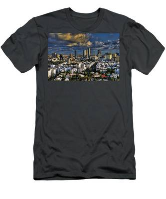 Tel Aviv Skyline Fascination Men's T-Shirt (Athletic Fit)
