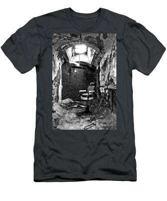 The Barber Chair - Bw Men's T-Shirt (Athletic Fit)