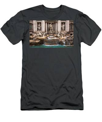 Trevi Fountain Men's T-Shirt (Athletic Fit)