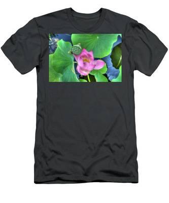 Water Flower Men's T-Shirt (Athletic Fit)
