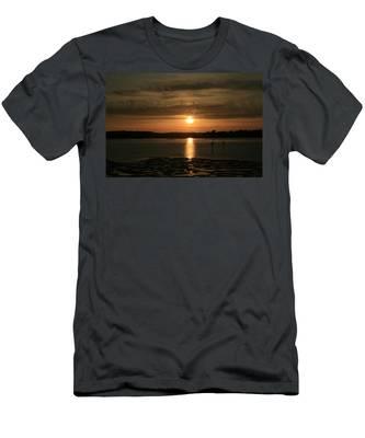 Bodega Bay Sunset II Men's T-Shirt (Athletic Fit)
