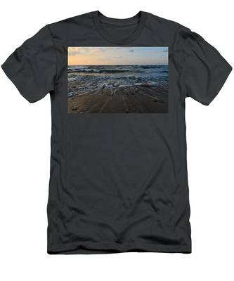 Men's T-Shirt (Athletic Fit) featuring the photograph Low Tide by Michael Goyberg