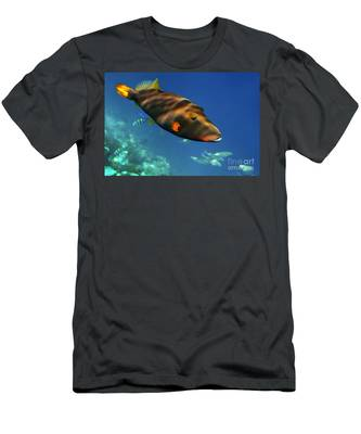 Men's T-Shirt (Athletic Fit) featuring the photograph Maldives by Juergen Held