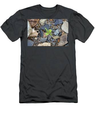 Stand Out From The Crowd Men's T-Shirt (Athletic Fit)